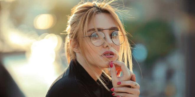 Neue Beauty-Tipps - Brille statt Botox